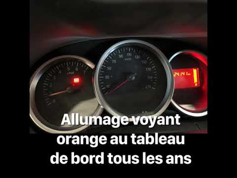 Allumage Voyant Orange Au Tableau De Bord Dacia Youtube