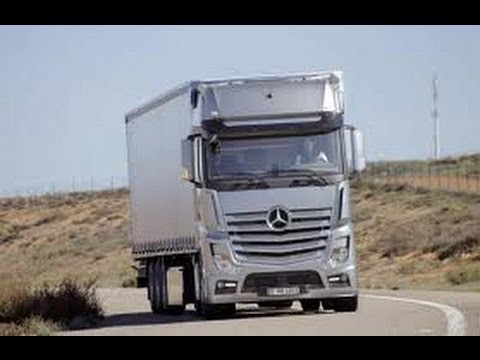 грузовики фото мерседес