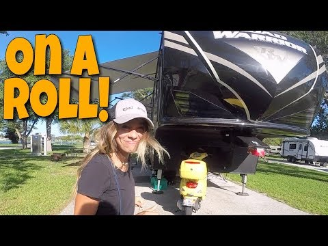 RV LIVING On a Roll | 137. Road Warrior Life