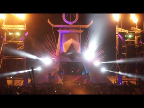 Camp Question Mark? Burning Man 2016, Stylust Beats Set, Spaceboy Coop on Visuals
