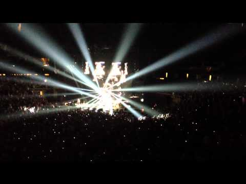 Red Hot Chili Peppers So What'cha Want Tribute to Beastie Boys MCA Adam Yauch Prudential Ctr