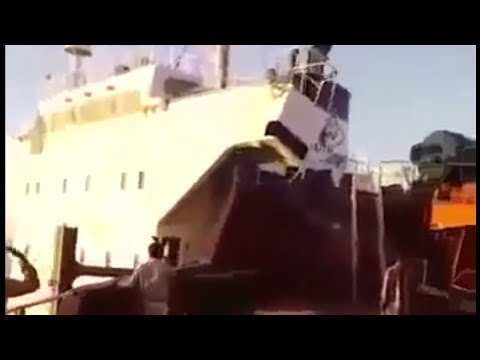 Ship Collision with anchored vessel