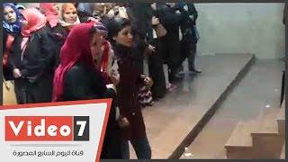 سامح عاشور يطرد محامية لاصطحاب طفلها فى حلف اليمين