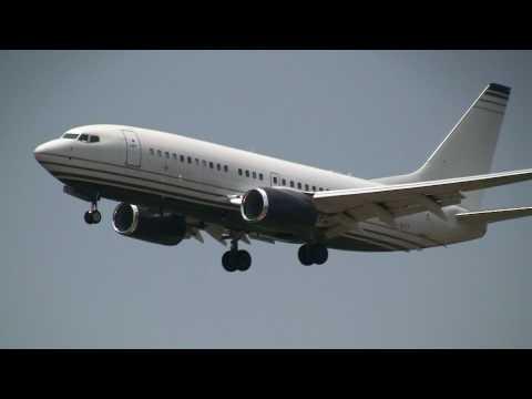 Jet Aviation Business Jets Boeing 737-7JB Landing at Tokyo