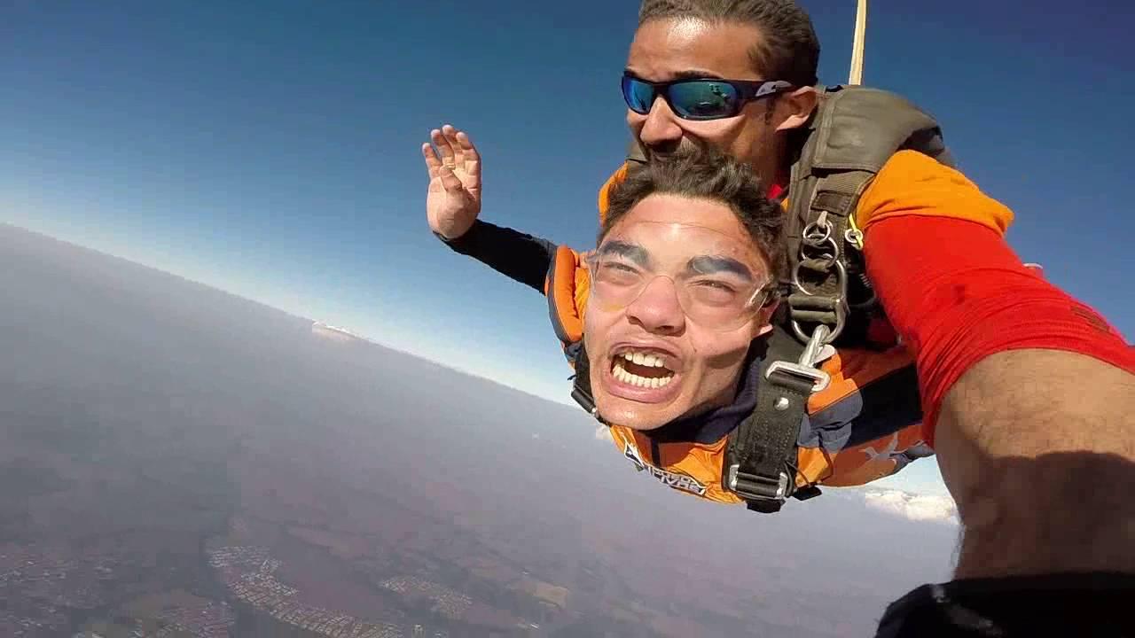 Salto de Paraquedas do Kaue na Queda Livre Paraquedismo 30 07 2016