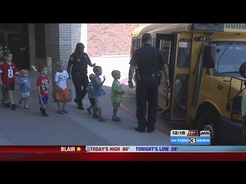 Kids learn school safety with Omaha Police Department