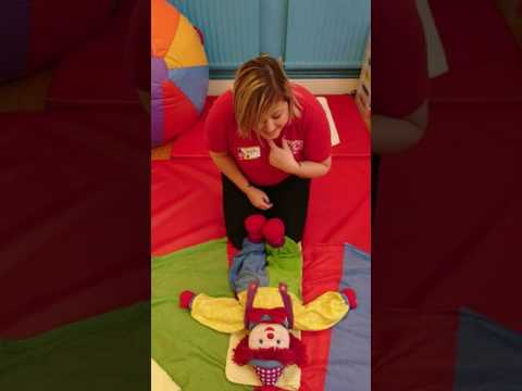 Signing in Sensory Baby Play class