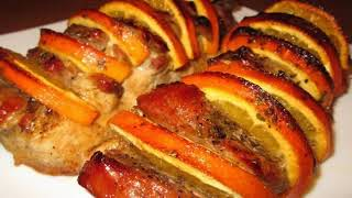 Свинина с апельсинами , запеченая в духовке. Ммммм пальчики оближешь)