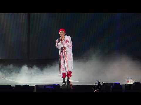 【Untitled, 2014 무제(無題) 】G-DRAGON 2017 WORLD TOUR <ACT III, M.O.T.T.E> IN MACAO(28)