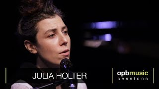 Julia Holter - Betsy On The Roof (opbmusic)