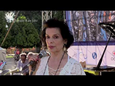 Bianca Jagger (RLA 2004): el proceso de paz de Colombia, 27° Festival Int. de Poesía de Medellín