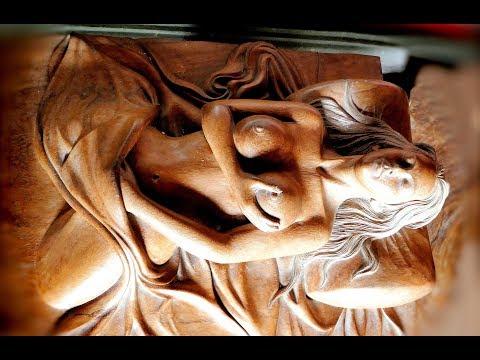 Bali - visit Mount Batur and  Njana Tilem wood carving gallery.