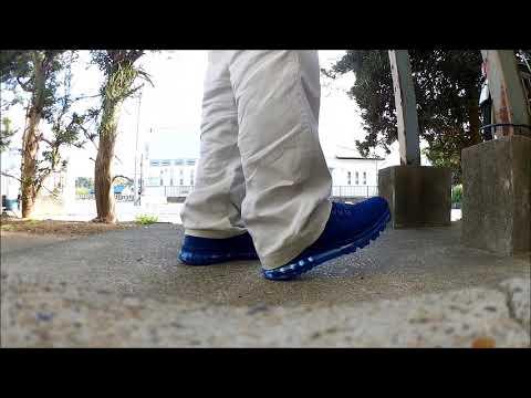 7e8b3a9280bec unboxing Nike Air Max LD-Zero Blue Moon - YouTube