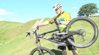 Mountain Bike Skills: How to ride steep descents thumbnail