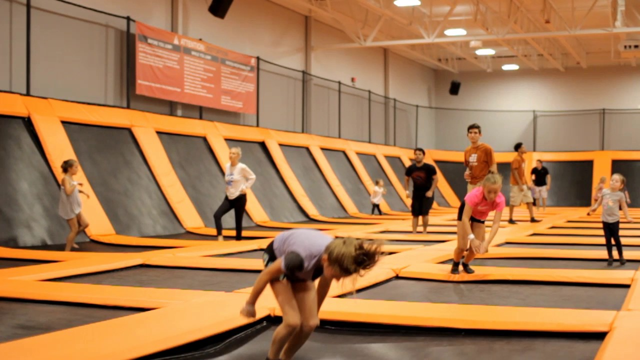 10 fun things to do at airtime trampoline & game park +