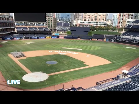 Building a Golf Course at Petco Park - Callaway Minute