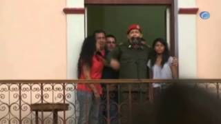 """Chávez sigue estable dentro de su """"cuadro delicado"""""""