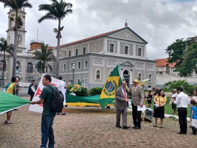 Cerimonia em frente o quartel do Exercito de Caxias em Itu