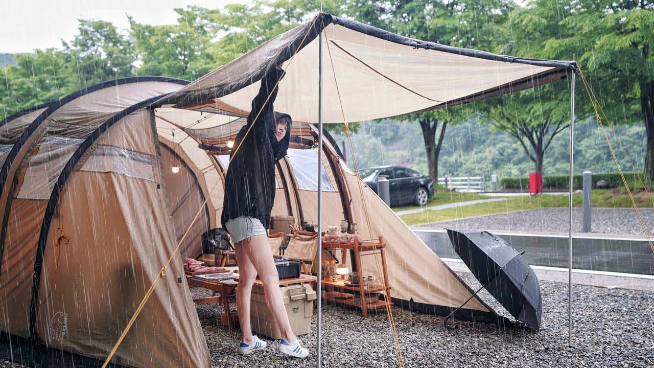 캠핑 브이로그 . 소주가 땡기는 가장 이상적인 우중캠핑 . 빗소리 들으며 캠핑장 숯불구이 먹방