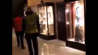 شاهد فندق دبي المحترق من الداخل.. ونجل حاكم الإمارة: الحادث نتيجة «ماس كهربائي»