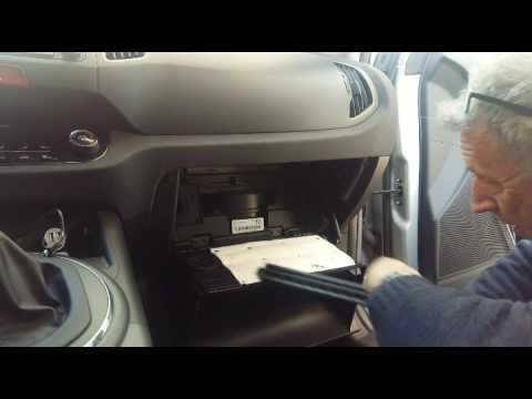 Kia Forte 5 >> Cambio filtro de polen Kia Sportage / Cabin filter kia ...