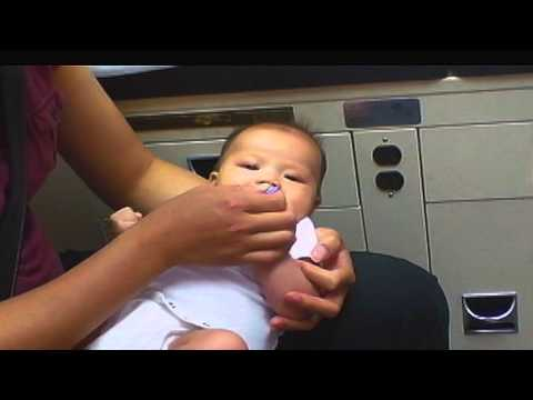 Reduce the pain of vaccination in babies - Full Video