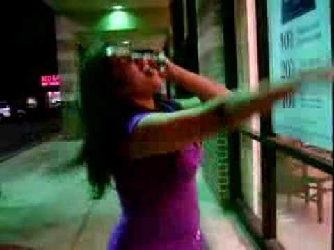 Becky sings for 1053 KJAMZ Usher  Confessions