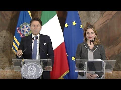 Consiglio dei Ministri - conferenza stampa del Presidente ...