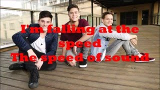in stereo- the speed of sound ( lyrics )