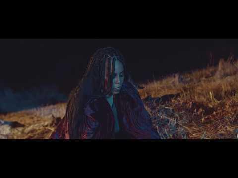 "myriiam-""4-letras""-(official-video)-[2020]-by-É-karga-music-ent."