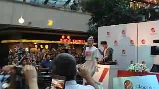 Emrah Karaduman feat. Aleyna Tilki - Cevapsız Çınlama (Atlaspark AVM) (16.09.2017) Video