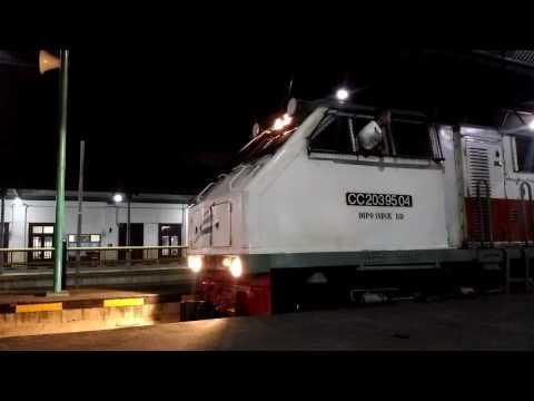 [Keberangkatan] Klakson Merdu CC 20304 BD membawa KA Mutiara Selatan (Surabaya Gubeng - Bandung)