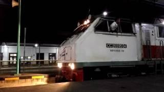 Video [Keberangkatan] Klakson Merdu CC 20304 BD membawa KA Mutiara Selatan (Surabaya Gubeng - Bandung) download MP3, 3GP, MP4, WEBM, AVI, FLV April 2018