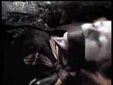 Naomi Watts kidnapped in the Sleepwalkers (1997)из YouTube · Длительность: 1 мин25 с