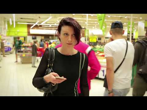 Philips LED indoor positioning technology at Carrefour
