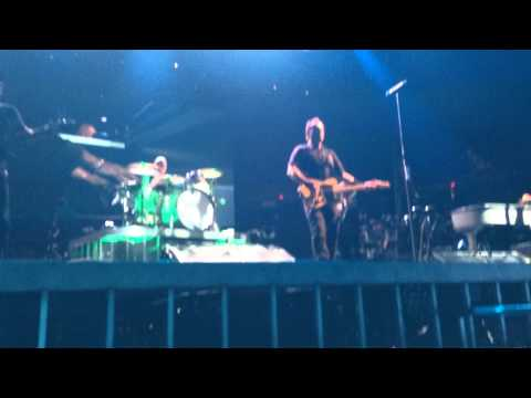 Bruce Springsteen: Lost in the Flood- Cincinnati 4/8/14 (FRONT ROW)