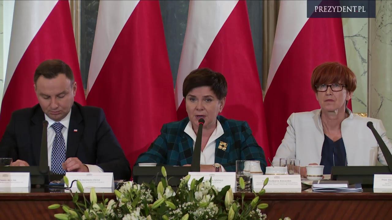 Plenarne posiedzenie Rady Dialogu Społecznego z udziałem Prezydenta RP Andrzeja Dudy