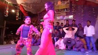 vuclip बौने का नया धमाका   Bauna Ka Comedy Dance l Stage Performance 2018