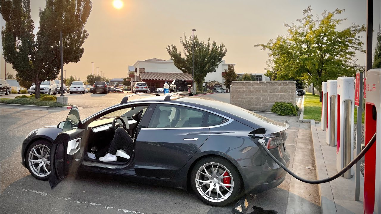 Ripping Our High(ish) Mileage Tesla Model 3 Over 3,000 Miles Round Trip From Colorado To Oregon!
