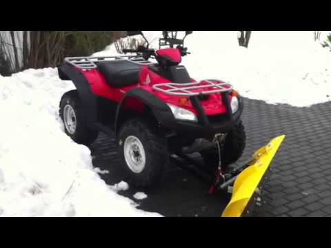 atv honda rincon trx 680 fa mit schneeschild youtube. Black Bedroom Furniture Sets. Home Design Ideas