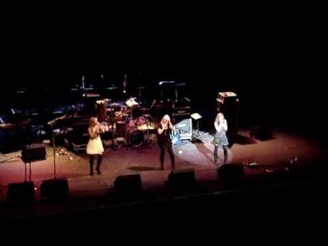 Atomic Kitten - The Last Goodbye @ Michael Shields Liverpool Empire, 04.12.2006