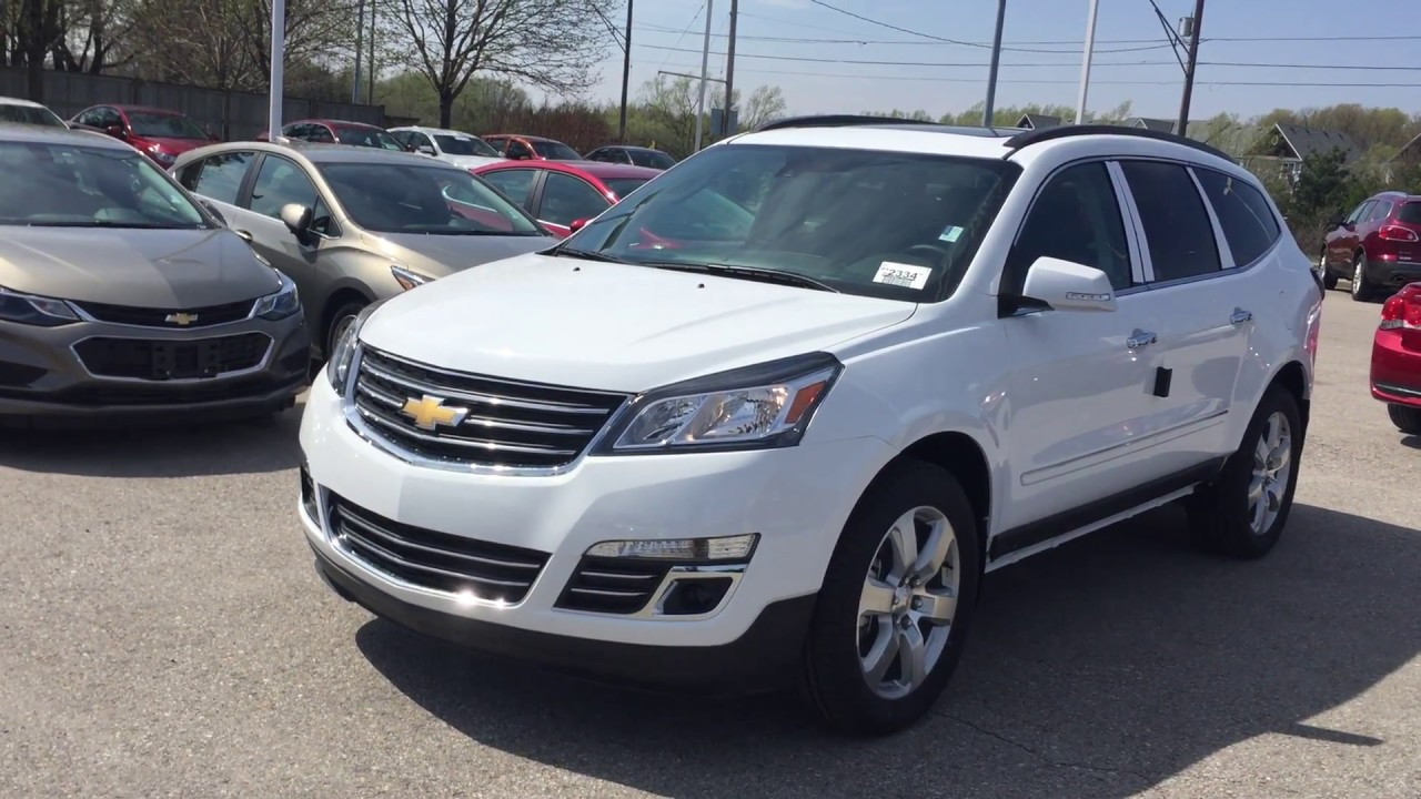 medium resolution of 2017 chevrolet traverse summit white roy nichols motors courtice on