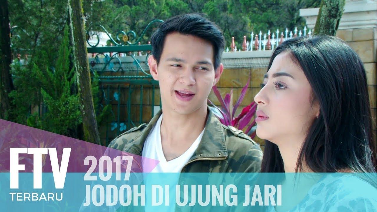 Download FTV Marcell Darnwi & Margin Wieheerm - JODOH DI UJUNG JARI