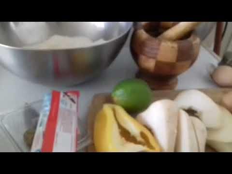 recette-de-cake-au-amandes-et-poisson-au-patate-douce-et-petiron-banc-avec-des-kinder-au-glaçage-cho