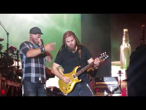 Brantley Gilbert *Bottoms Up* WCOL Country Jam 2017