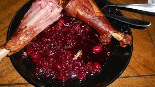 How to Make (and eat) Cranberry Sauce