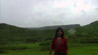 Naino Me Badra Chaye Song - Maya Singh