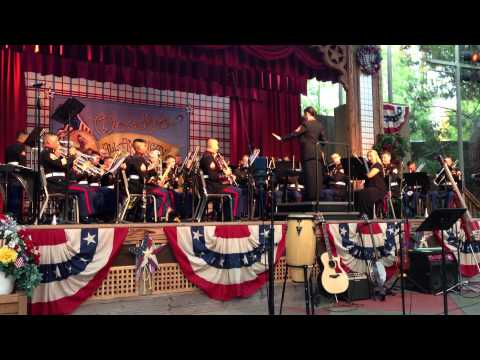 3rd Marine Aircraft Wing Band plays the Mary Poppins Soundtrack