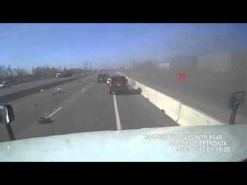 Truck rollover at 401,april 15,2016