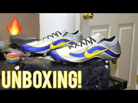 0d3266c56f3e Nike Mercurial Vapor 12 1998 WC Heritage Pack Nike ID - Unboxing ...